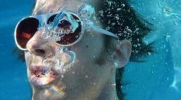 Το υλικό που θα μας επιτρέπει να αναπνέουμε κάτω από το νερό