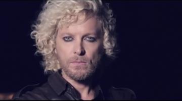 Νέο βίντεο κλιπ – Άλεξ Καββαδίας – 'Hello'