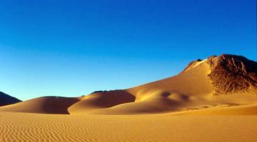 Η έρημος και το Αιγαίο
