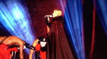 Η τούμπα της Madonna στα Brit Awards