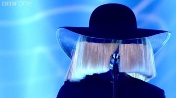 Η Sia στο Voice UK
