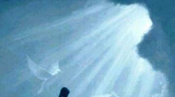 καὶ εἶπεν ὁ Θεός· γενηθήτω φῶς· καὶ ἐγένετο φῶς.