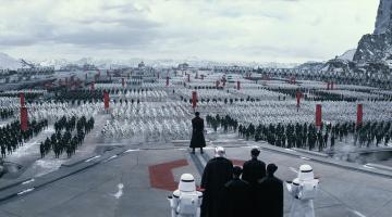 Νέες φωτογραφίες και αποκαλύψεις για το «Star Wars: The Force Awakens»