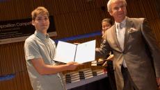 Ελληνική πρωτιά: Φοιτητής του ΑΠΘ κέρδισε το πρώτο βραβείο σε παγκόσμιο διαγωνισμό σύνθεσης