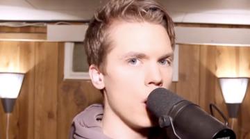 Ένας τραγουδιστής, 29 διάσημες φωνές
