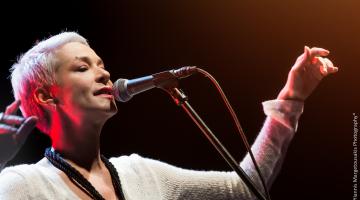 Η Μελίνα Κανά & ο Γόης του Θησείου @ «Ρυθμός Stage»