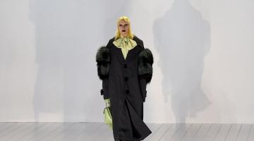 H Lady Gaga μοντέλο!