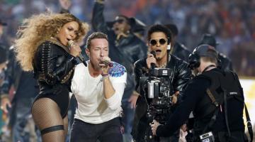 Beyonce, Coldplay & Bruno Mars | Δείτε την εμφάνιση τους στο Superbowl