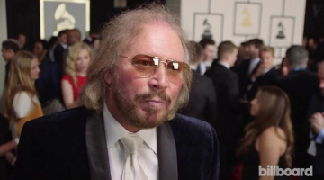 Bee Gees' Barry Gibb Signs With Columbia Records
