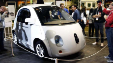 Driverless cars may not be ready for prime driving time, expert says