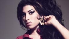 Ακούστε δέκα ακυκλοφόρητα τραγούδια της Amy Winehouse