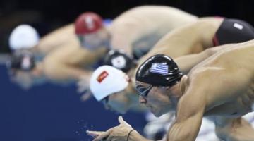 Κολύμβηση: Στα ημιτελικά ο Βαζαίος… ξημερώματα για νέα πρόκριση