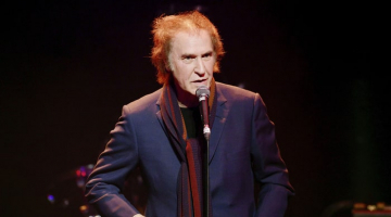 The Kinks' Ray Davies Receives Knighthood for Service to Arts