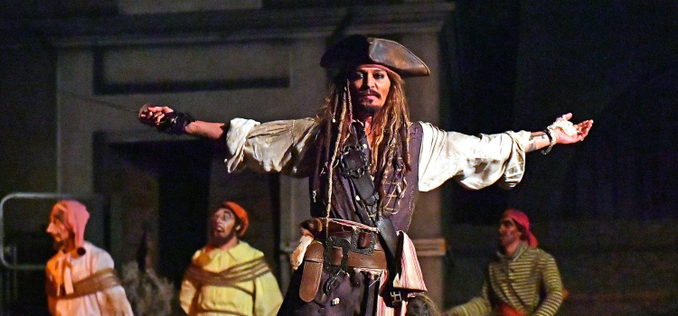 Johnny Depp Surprises Disneyland Guests by Appearing as Captain Jack Sparrow on Pirates of the Caribbean Ride