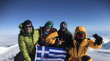 Οι πρώτες Ελληνίδες στην κορυφή της Β.Αμερικής