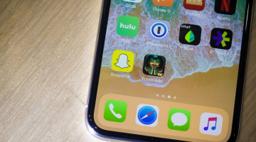 iPhone X hands-on: High price, new screen, no home button