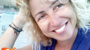 Η Ρεβέκκα Ρούσση δίνει συνέντευξη στον NGradio