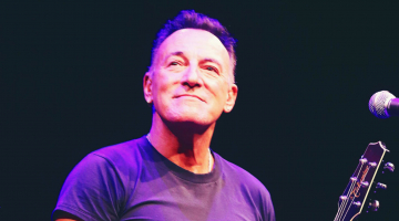 Bruce Springsteen Is the Solo-Wine-Drinking Character in a Nancy Meyers Movie