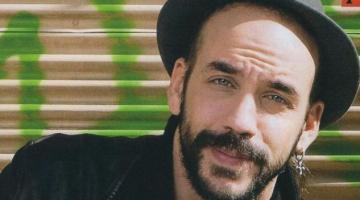 Ο Πάνος Μουζουράκης παίζει στην αμερικανική ταινία «Mamma Mia 2»