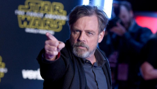 'Star Wars's' Mark Hamill to finally receive Walk of Fame star, seemingly takes aim at Trump to celebrate