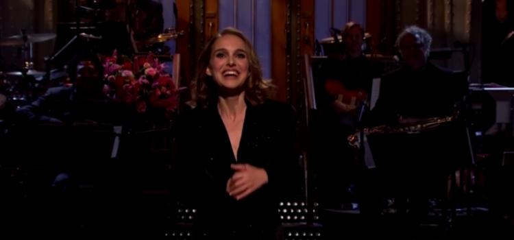 'SNL': Natalie Portman One-Ups Her 2006 Viral Rap in Second Hosting Gig