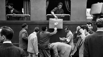 Περί των αλβανών οικονομικών λαθρομεταναστών