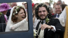 """Κουφέτα στο Game of Thrones: Παντρεύτηκαν ο """"Τζον Σνόου"""" και η """"Ίνγκριντ"""""""