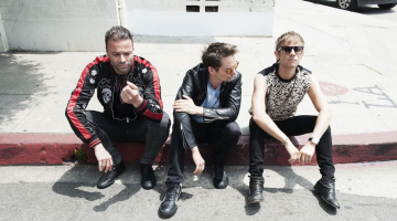 """Muse to release new album in November, unleash """"Something Human"""" as first single: Stream"""