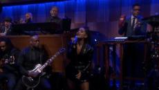 H Αριάνα Γκράντε τραγούδησε το «Natural Woman» στο show του Τζίμυ Φάλον