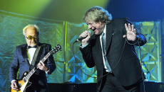 Foreigner announce more reunion shows