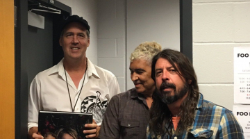 Watch Foo Fighters Cover 'Molly's Lips' With Krist Novoselic in Seattle
