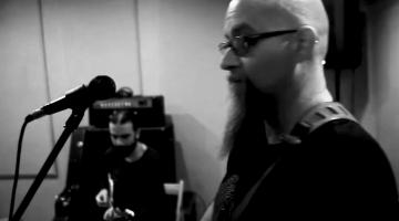 Νέο Τραγούδι | Ο Σταύρος Κυριακάκης διασκευάζει απρόβλεπτα τον θρυλικό «Καϊξή» του Απόστολου Χατζηχρήστου.