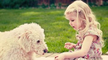 10 + 2 λόγοι για μεγαλώσει ένα παιδί με κατοικίδιο!