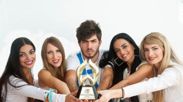 O NGradio.gr μεγάλος νικητής των WEBAWARDS 2016