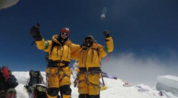 Έλληνες ορειβάτες στην κορυφή του Έβερεστ