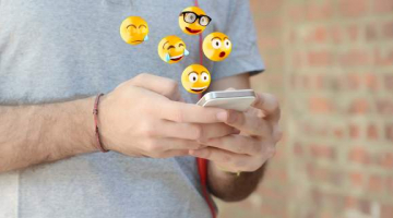 Δείχνει ανικανότητα η χρήση των emojis;