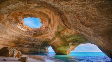 Οι πιο ασυνήθιστες παραλίες του πλανήτη
