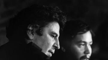 «Ταξιδεύοντας με τον Μίκη» Η ταινία του Αστέρη Κούτουλα από τις 25 Οκτωβρίου στους κινηματογράφους