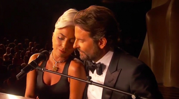 "Lady Gaga και Μπράντλεϊ Κούπερ στη σκηνή των Όσκαρ ερμηνεύουν το ""Shallow"""