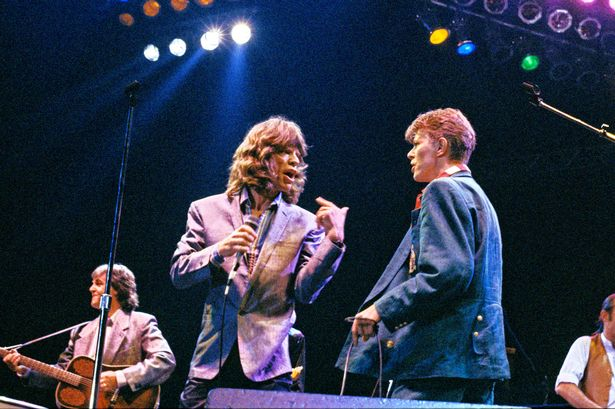 Mick-Jagger-and-David-Bowie-with-Paul-McCartney