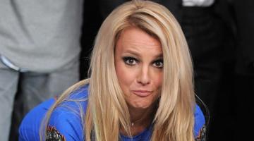 Η Μπρίτνεϋ Σπίαρς (Britney Spears) ξέχασε να τραγουδήσει