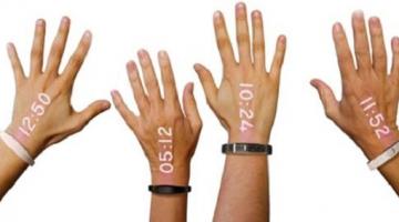 «Έξυπνο» ρολόι μετατρέπει την παλάμη σε οθόνη!