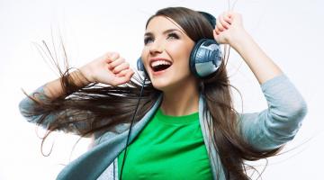 Αυτά είναι σύμφωνα με επιστήμονες τα δέκα τραγούδια που σου φτιάχνουν τη διάθεση