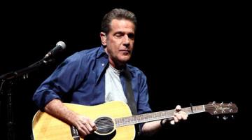 Έφυγε από τη ζωή ο Γκλεν Φρέι, συνιδρυτής και κιθαρίστας των Eagles