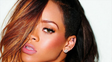 Rihanna Shares Selfie Listening to 'ANTI'