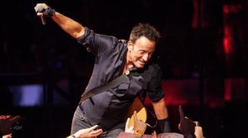 Bruce Springsteen: Το «αφεντικό» επιστρέφει με την αυτοβιογραφία του