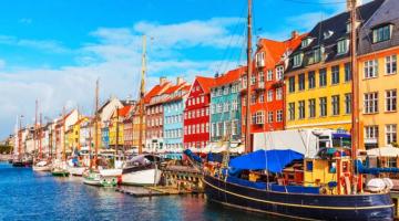 10+1 από τους πιο πολύχρωμους δρόμους του κόσμου