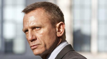 James Bond: Daniel Craig Reportedly Offered $150 Million to Return to the Spy Series for Two More Films