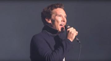 Δείτε τον Μπένεντικτ Κάμπερμπατς (Benedict Cumberbatch) να τραγουδά  Πινκ Φλόυντ (Pink Floyd)
