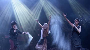 Οι «Γυναίκες» παρατείνονται μέχρι την Τρίτη 7 Μαρτίου @ Γυάλινο Μουσικό Θέατρο